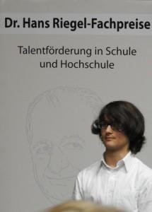 1. Preis für Seminararbeit bei der Dr.-Hans-Riegel-Stiftung