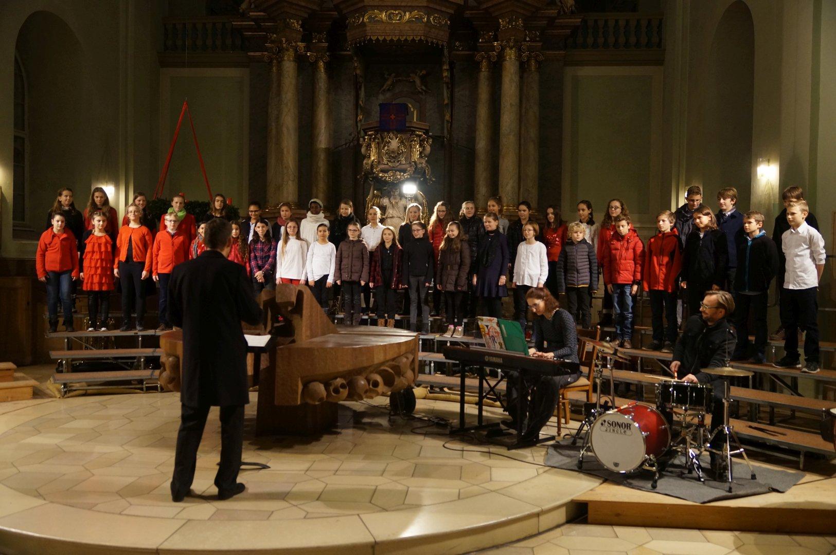 Adventskonzert (Ensembles der 5. - 8. Klassen - Dezember 2015)