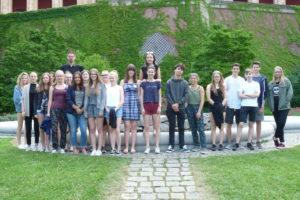 Gruppenbild CEG Schüler im Landtag 2017