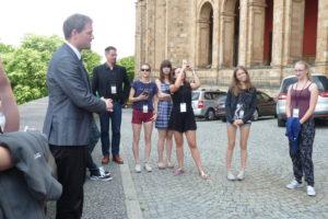 Schüler mit Führung im bayerischen Landtag 2017
