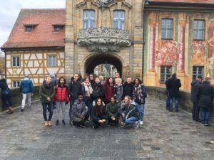Schülerinnen von der Burntwood School (London) zu Besuch am CEG