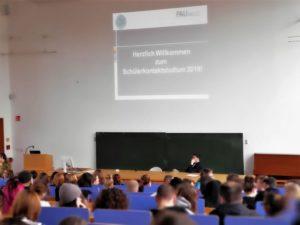 """""""Uni-Schnuppertage"""": Schülerkontaktstudium in Zusammenarbeit mit der FAU"""