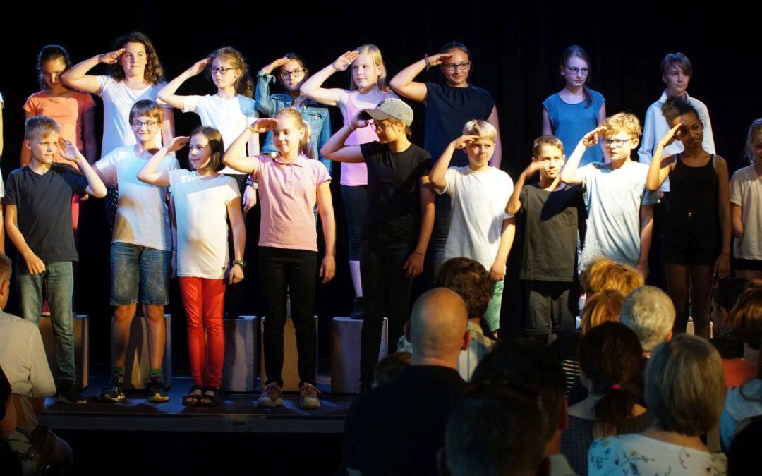 Und Nachts die Freiheit (Singspiel der Klassen 5bc – Juli 2018)