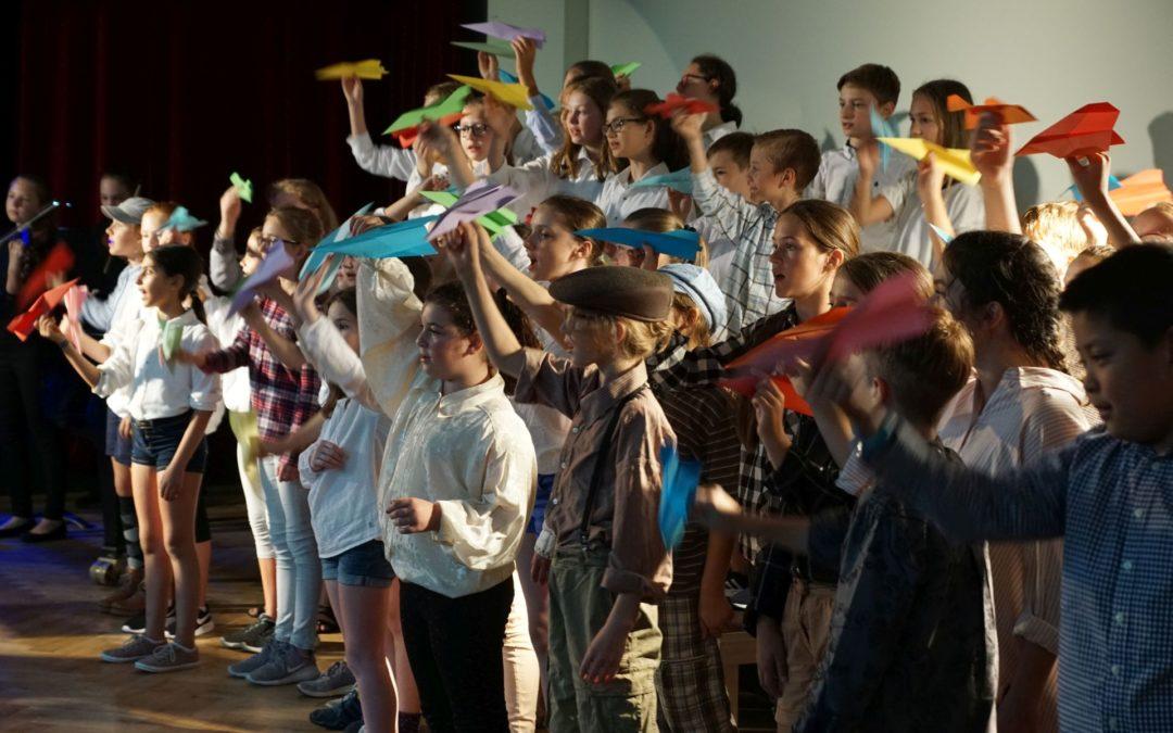 Kinder des Monsieur Mathieu (Musik- und Theaterprojekt der Klassen 5ad – Juli 2018)