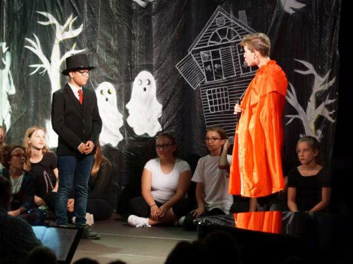 Geisterstunde auf Schloss Eulenstein (Aufführung des Chores der 6. Klassen – Juli 2019)